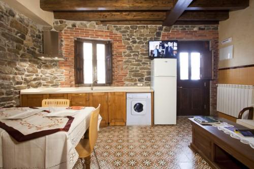 Apartamento La Maramuñiz - salón cocina 2