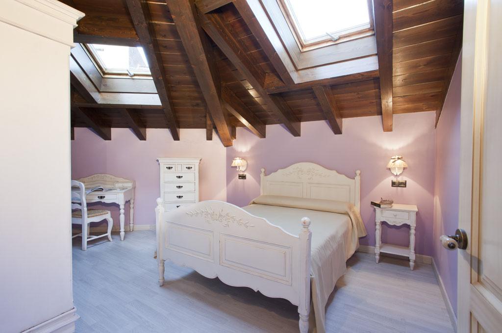 Apartamento - Suite Muñón Cimero - habitación matrimonio vista 2